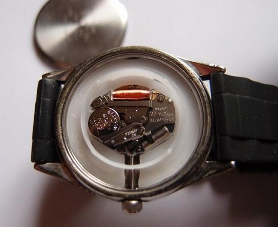 Daily Use and Maintenance Methods Watches