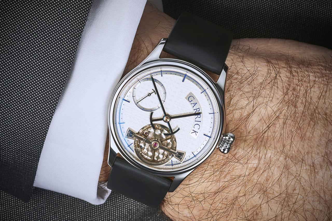 Garrick Portsmouth, British watch with proprietary movement by Strehler
