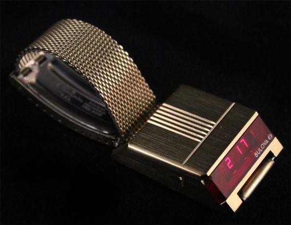 Bulova Computron LED