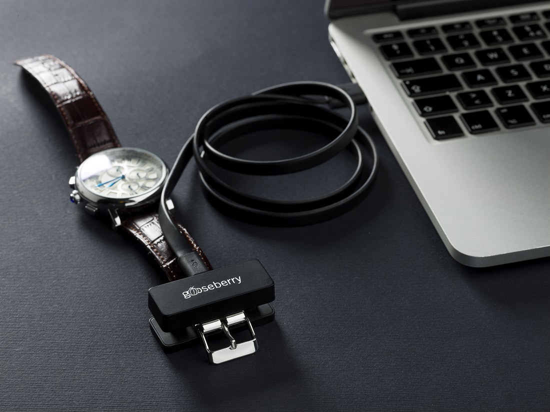 Smart Buckle Lets You Convert Any Watch Into A Fitness Tracker Luxury Items