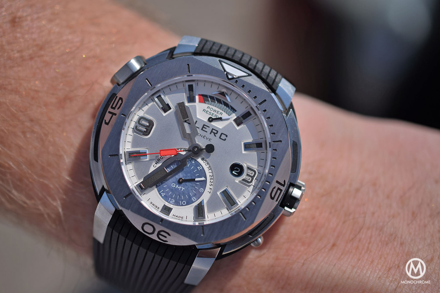 Clerc dive watch Dial and hands