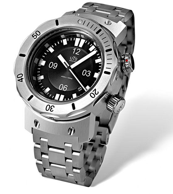 UTS 4000M Professional Diver