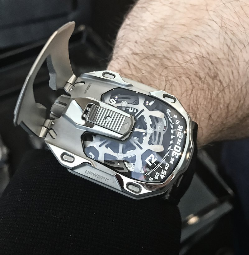 Urwerk 105 CT Streamliner 3